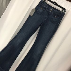 NWT 7 For All Mankind sz27 High waisted flare jean